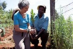 AJWS President Ruth Messinger supporting local agriculture in Kenya.
