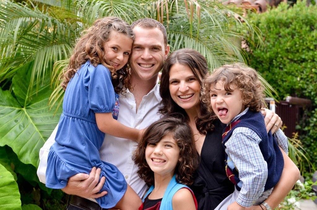 Rabbi Sharon Brous, a member of AJWS's rabbinic advisory board, with her husband David Light and their three children Eva, Sami and Levi
