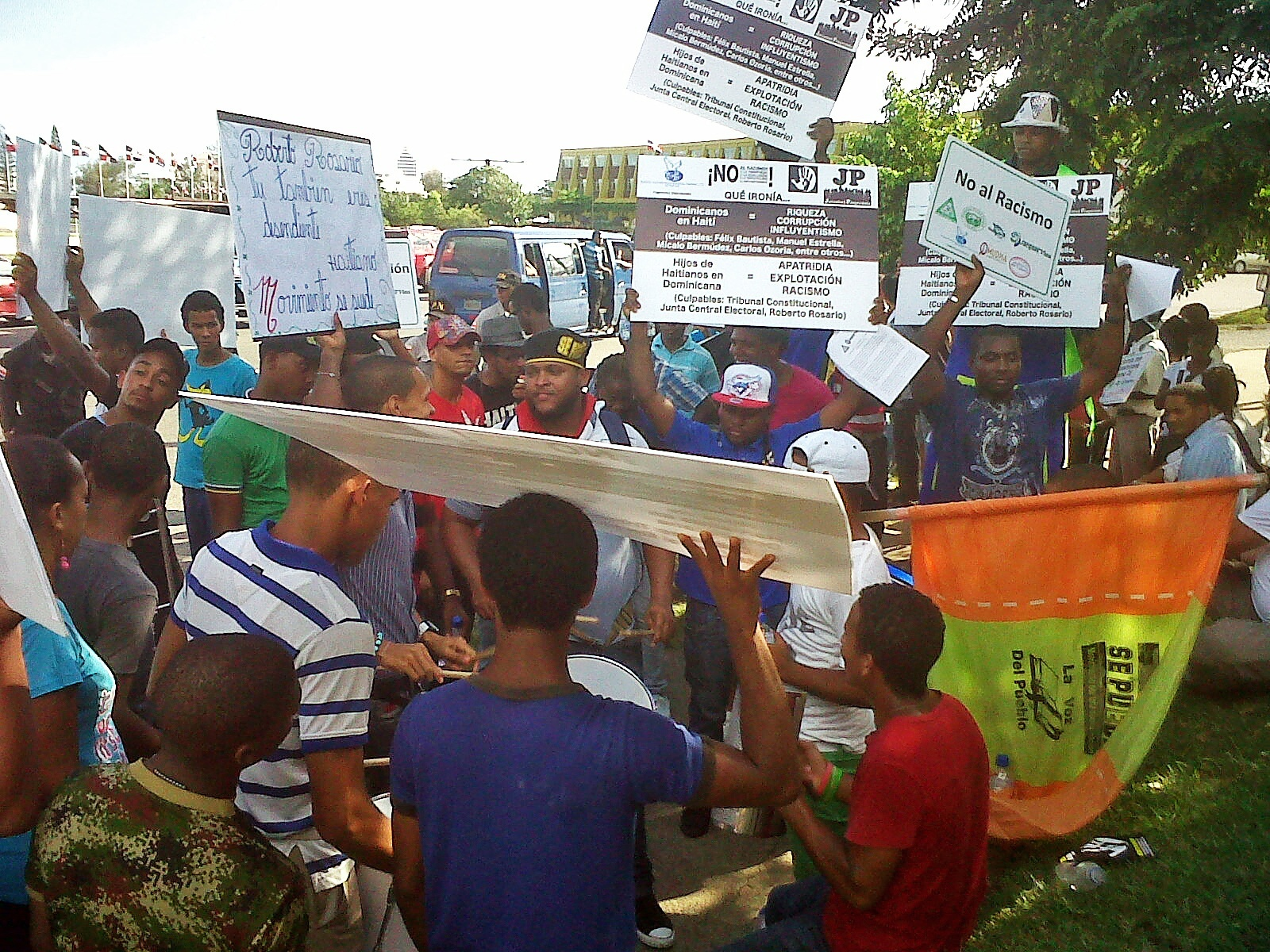 Protesters organize outside the Dominican Republic's Constitutional Court.